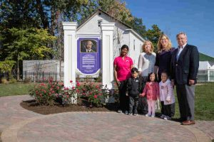 Bright Futures helped celebrate the newly opened memorial to Primus Mason, Springfield's first African American Philanthropist, and the founder of Mason Wright Foundation, our parent organization.